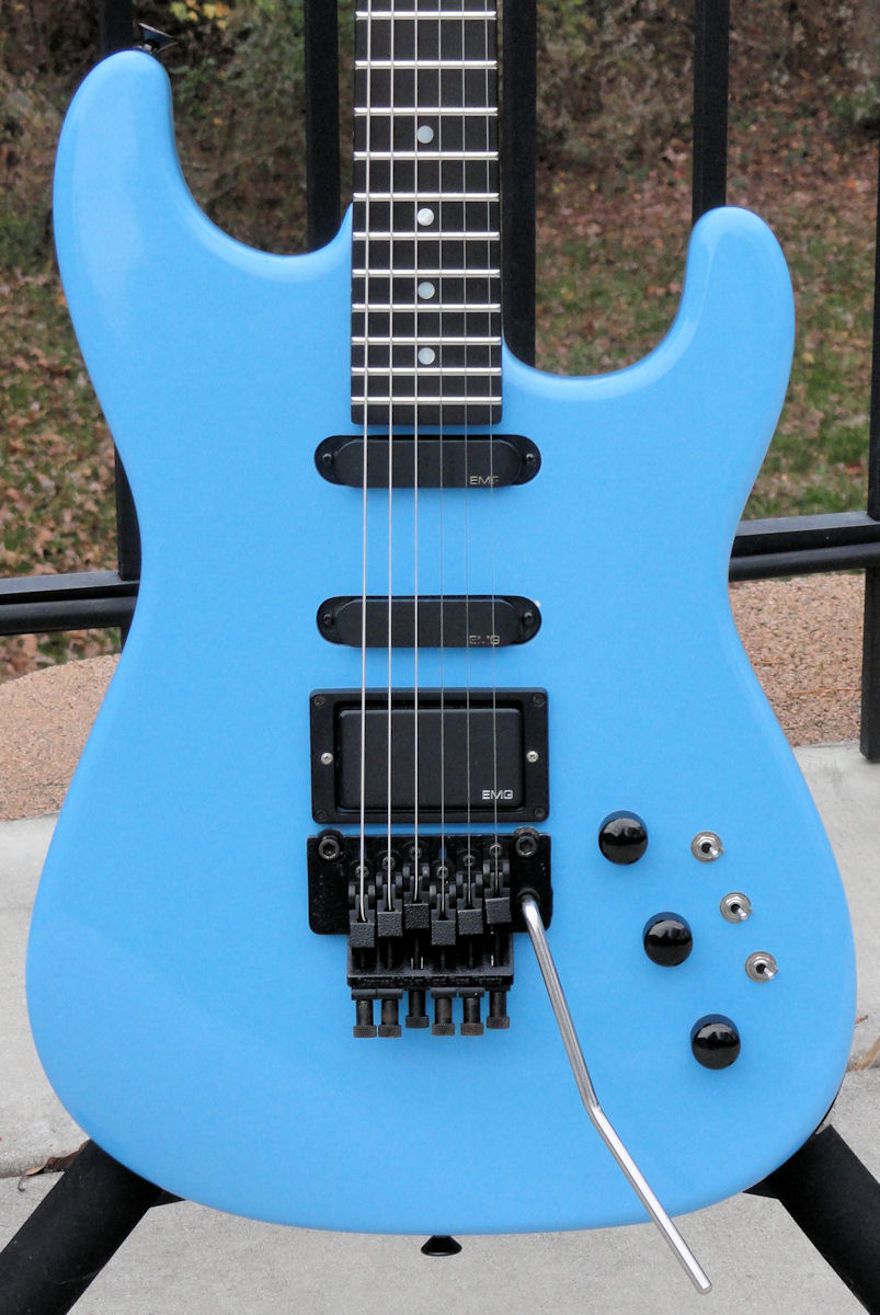 My Charvel Model 5 after the EMG 81/85\'s PICS